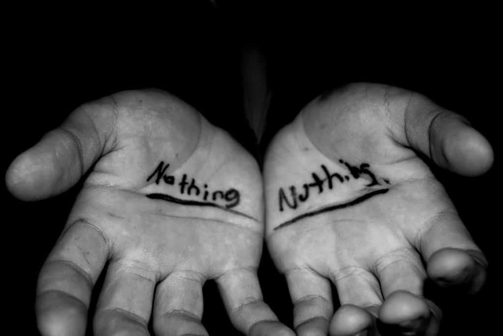 tớ chẳng có gì