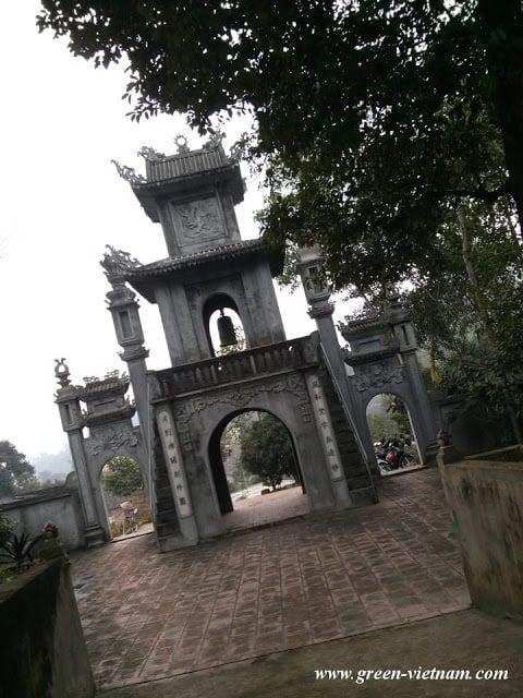 Lễ chùa đầu năm 27