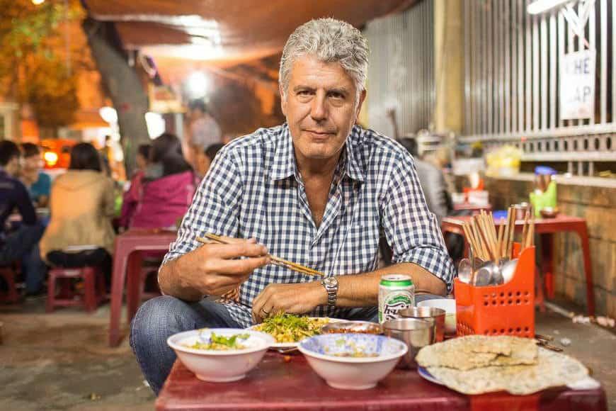 anthony bourdain eating vietnam