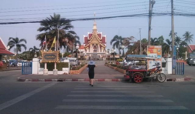 Tết Té Nước Ở Lào - Thái Lan 28