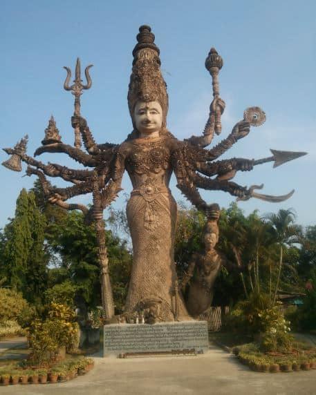 Tết Té Nước Ở Lào - Thái Lan 32