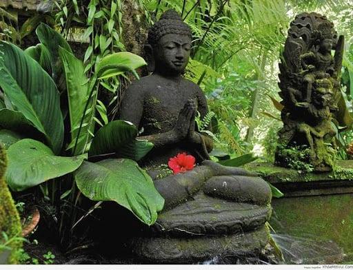 Ứng dụng tượng phật đá trong trang trí nội thất nhà ở, sân vườn